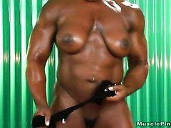 Nude fbb