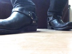::: Master's harness boots :::