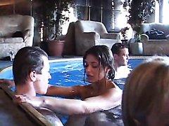 Bi Pool Party_scene1