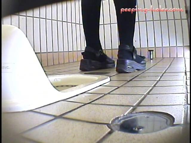 Japan Toilet Piss and Poop