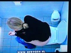 Hidden toilet cam - video 2