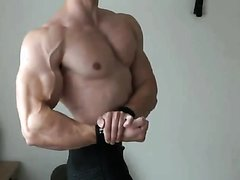 ATHLETIC MUSCLE - video 225