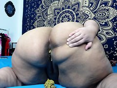 Bbw shitting - video 4