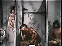 VINTAGE - CHRISTY TWINS AT THE GLORY HOLE (1977)