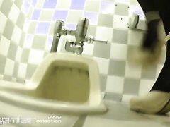 JKやお姉さんのトイレ盗撮