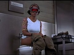 Hollow man - Janice toilet scene