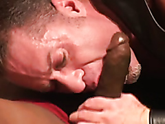 Hardcore interracial gay action with buffed up studs