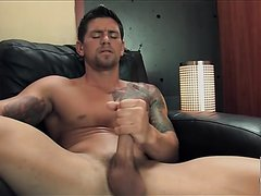 Tattooed Guy jack off