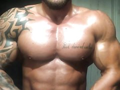 Ripped Muscle Stud