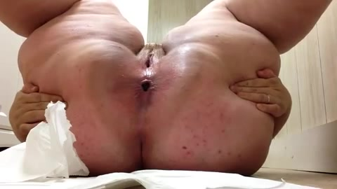 Shaved tight pussy