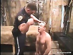 Cop forces criminal