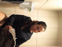 thick latina pooping on the toilet