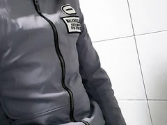 china guy pissing - video 3