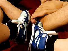 play sneakers!