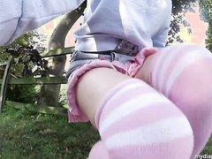 Hottie wetting her diaper in public