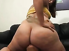 Fat slut farts all over her friend