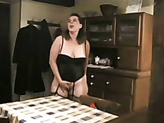 Milf loves facesitting and receiving oral