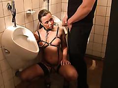 Kinky slut acting like an urinal