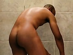 BLACK MEN PISSING AND SHOWERING