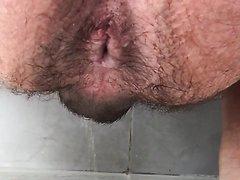 Gordo cagando 2