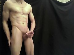 SKINNY ATHLETIC MUSCLE - video 12