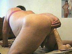Розовый лифчик белые чулки