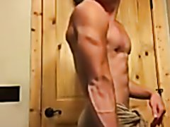 SKINNY ATHLETIC MUSCLE - video 80