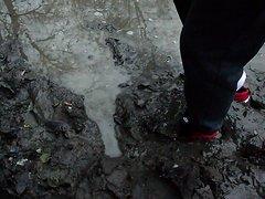 Nike Renzo 2 Mid in Mud