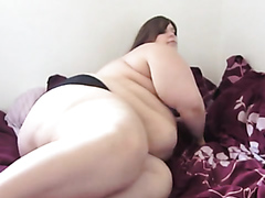 Obese webcam model posing naked