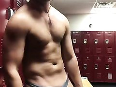 Ty Alexander showing off