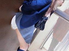 Japanese girl poop1