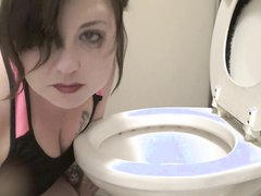 Sick in the potty - video 5