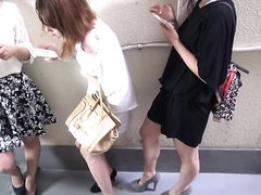 LOUD Japanese Pantypooping in Public 2