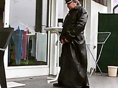 LEATHER trench coat cum