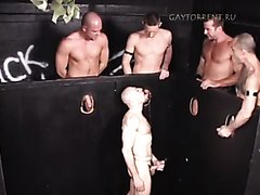 Straight Slave / Piss : WaterSports