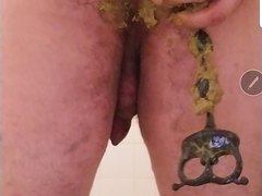 Shitty anal beads - video 2