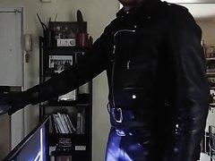 Leather Smoker 003