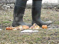 Rubber boots vs fruits - video 2