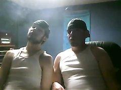 2 Buds smoke together