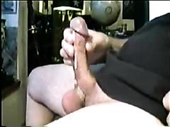 Amateur guy jerking his big dick