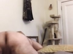 Str8 dad shaking fat ass