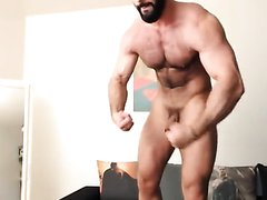Sexy hairy man on cam