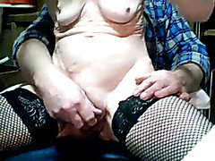 Husband playing with his wife's pussy