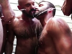 Piss orgy - video 5
